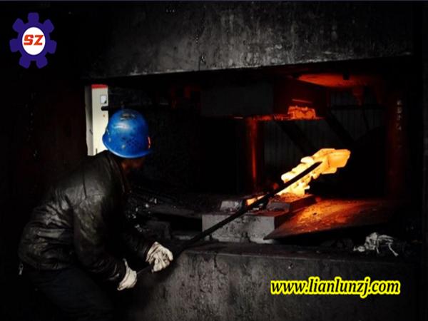 【厂家经验分享】--煤矿溜子刮板输送机配件模锻工艺