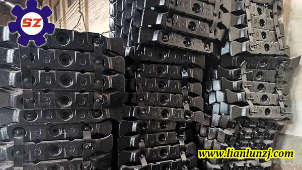 内蒙古客户订购123S-02刮板专车发货-河南双志