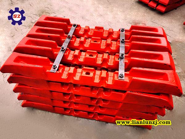河南双志机械:煤矿刮板的种类