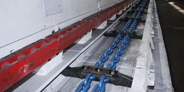 刮板输送机109SXD03溜槽失效的原因
