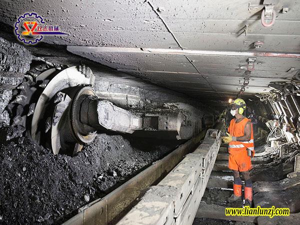 """""""黑金""""闪耀下的煤机配件行业"""